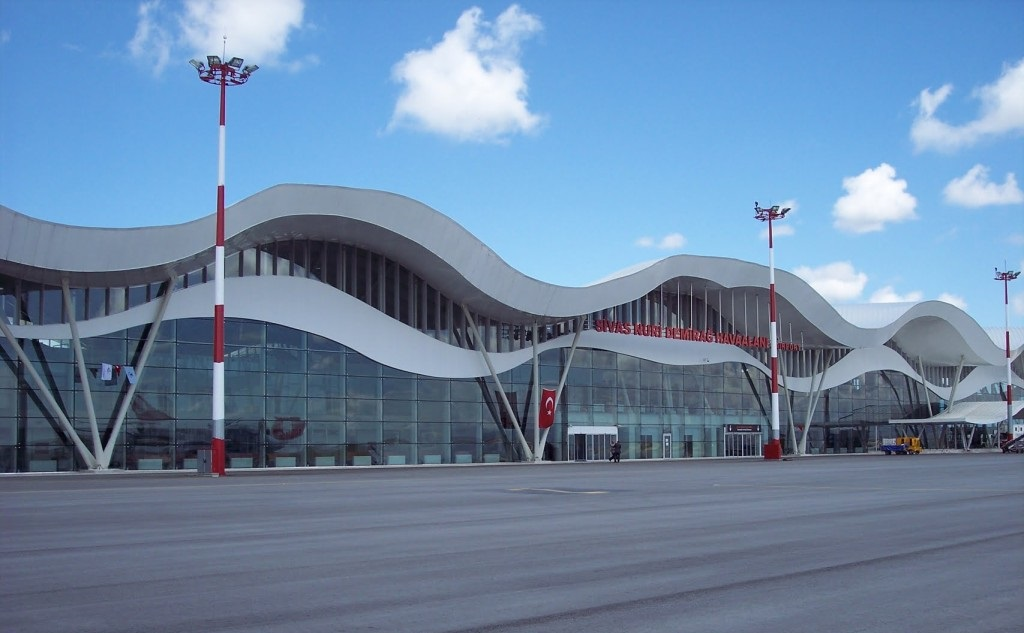 Sivas Havalimanı araç kiralama