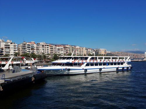 İzmir Karşıyaka Araç Kiralama