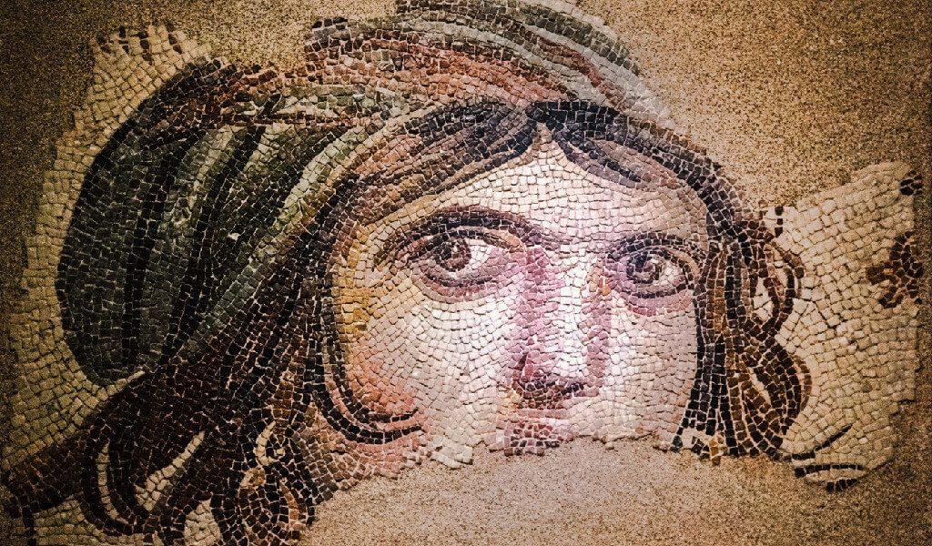 Zeugma Mozaik Müzesi Gaziantep, Çingene Kızı Mozaiği