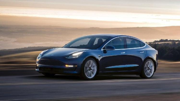 Tesla Model3 testi