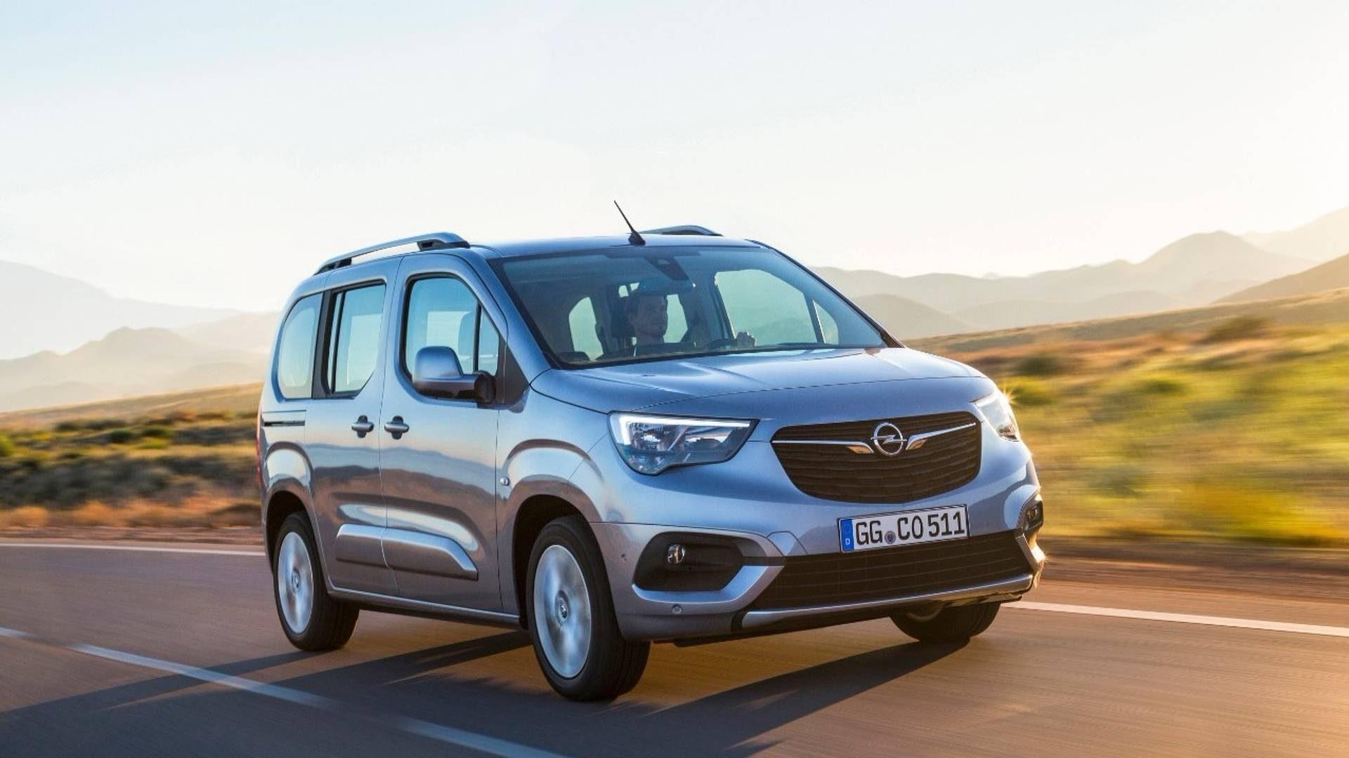 Opel Combo Life Ultimate 1,5 Dizel AT-8 İncelemesi