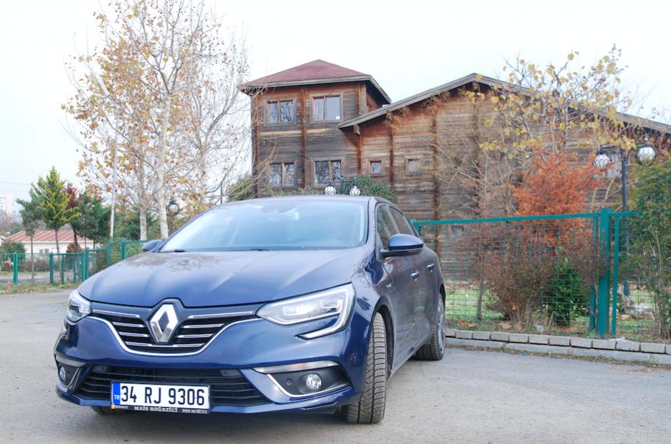2019 Renault Megane Sedan