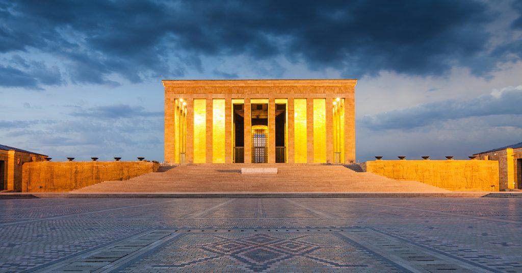 30 Ağustos Zafer Bayramı'nda Gezilecek Yerler, anıtkabir gezisi, akşam
