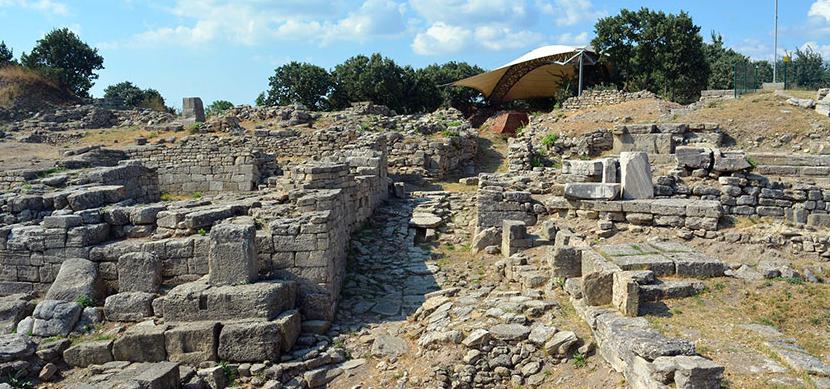 Troya Kalesinin Tarihçesi